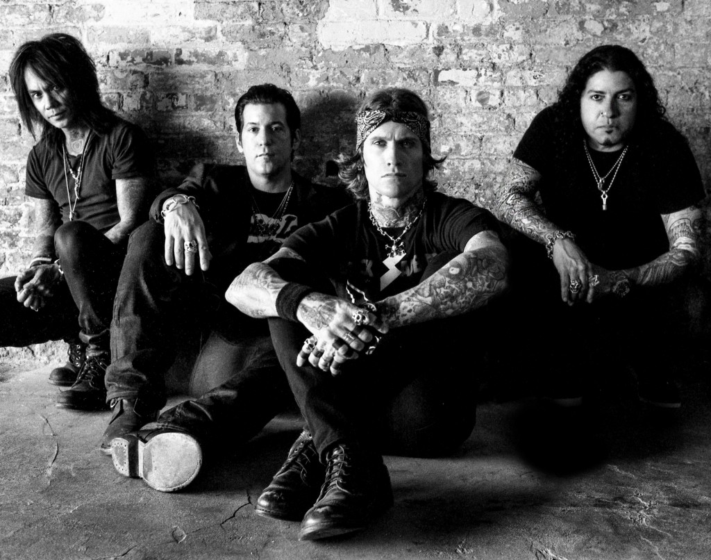 BUCKCHERRY_hi-res_B#192ADB7