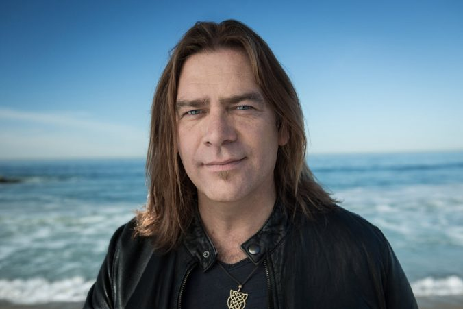 AlanDoyle_press1